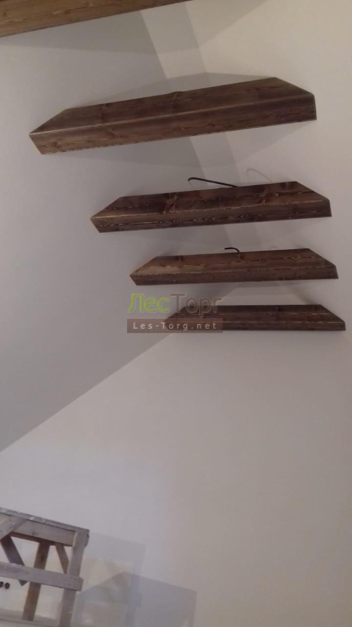 Фальшбалки из массива Лиственницы и Вагонка Штиль из Ангарской сосны, брашированная и окрашенная маслом ZAR