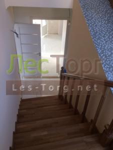 Лестница по бетону из Массива дуба